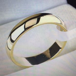 Other - 4MM Women ,men's 18K Gold filled titanium size 11